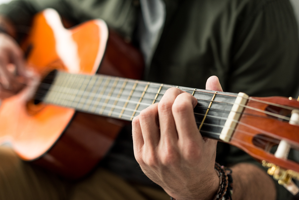 Fender FA-100 Acoustic Guitar review